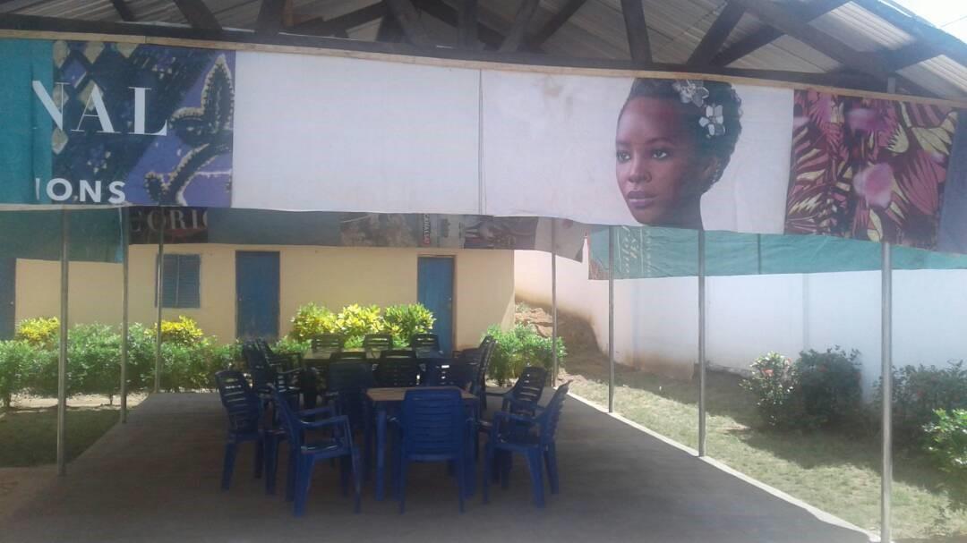 """Togo. Aide financière à l'association Action Togo Lait pour la construction d'un """"apatam"""""""