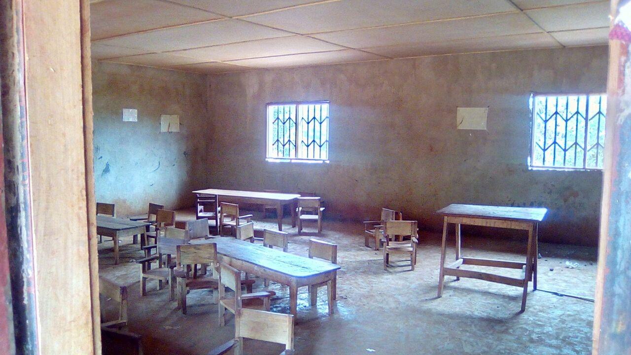 Cameroun. Rénovation d'une école primaire de la mission catholique de Bangoua qui accueille 250 enfants