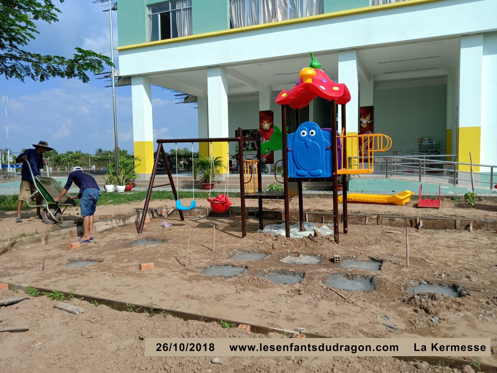 Vietnam. Association Enfants du Dragon. Financement de jeux extérieurs (photo3/3)