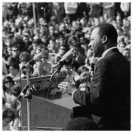 Dr. Martin Luther King Jr. speaking against the Vietnam War (photo Minnesota Historical Society under Creative Commons license).