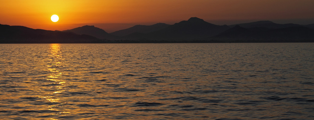 Sonnenuntergang über der Presqu'île de Giens