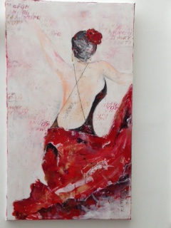 she loves to dance, 155x80