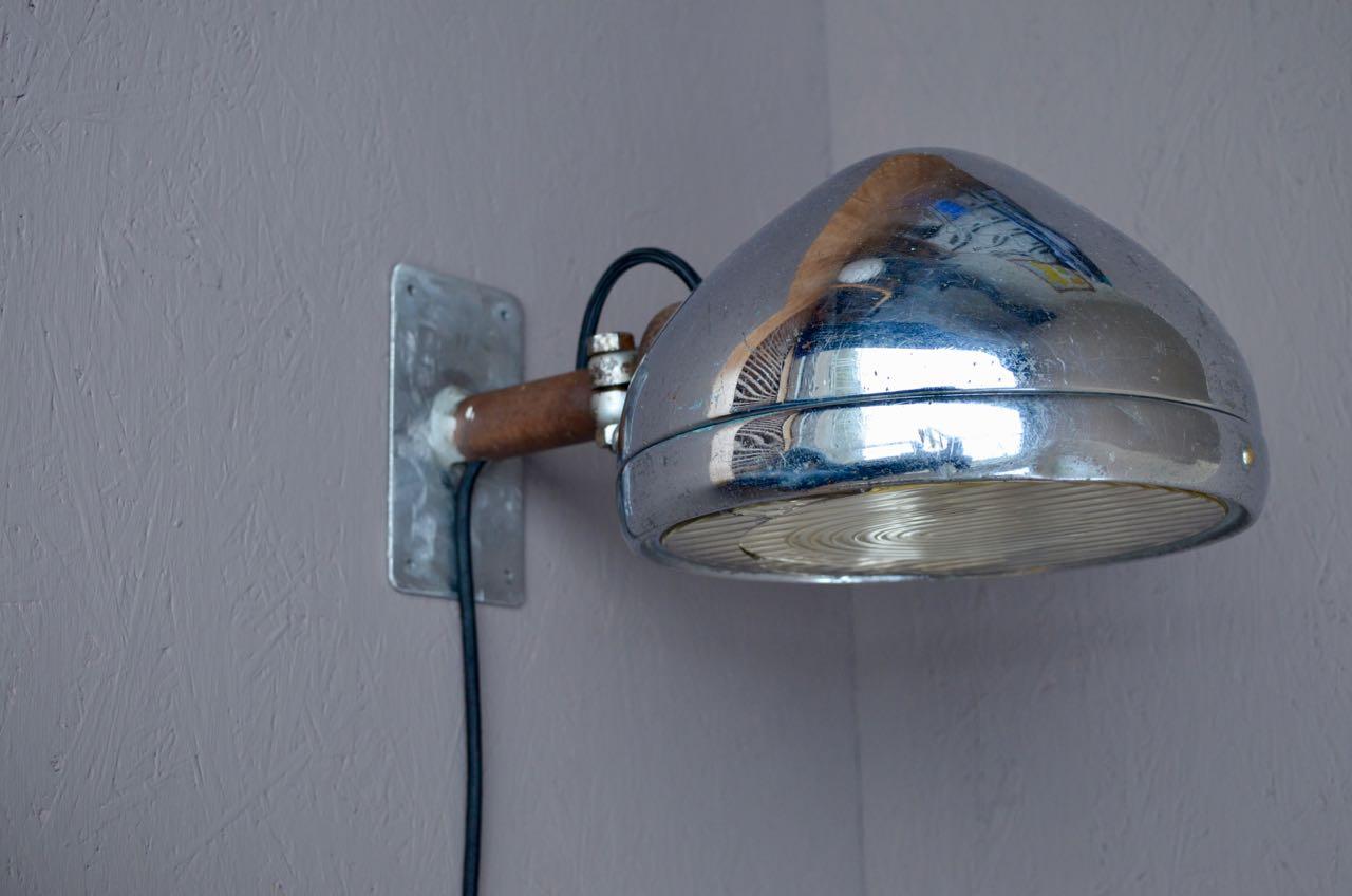 """Wandlamp """"Phare"""", eigen ontwerp. Prijs € 165,00"""