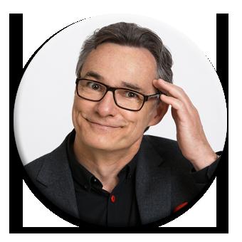 Kabarettist Joachim Zawischa fasst sich an den Kopf vor Staunen