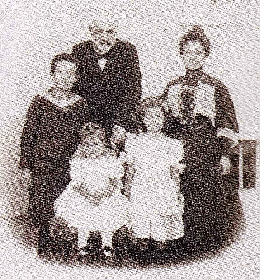 Il Conte, la Contessa Giuseppina Novak, Mario, Magda e Maria