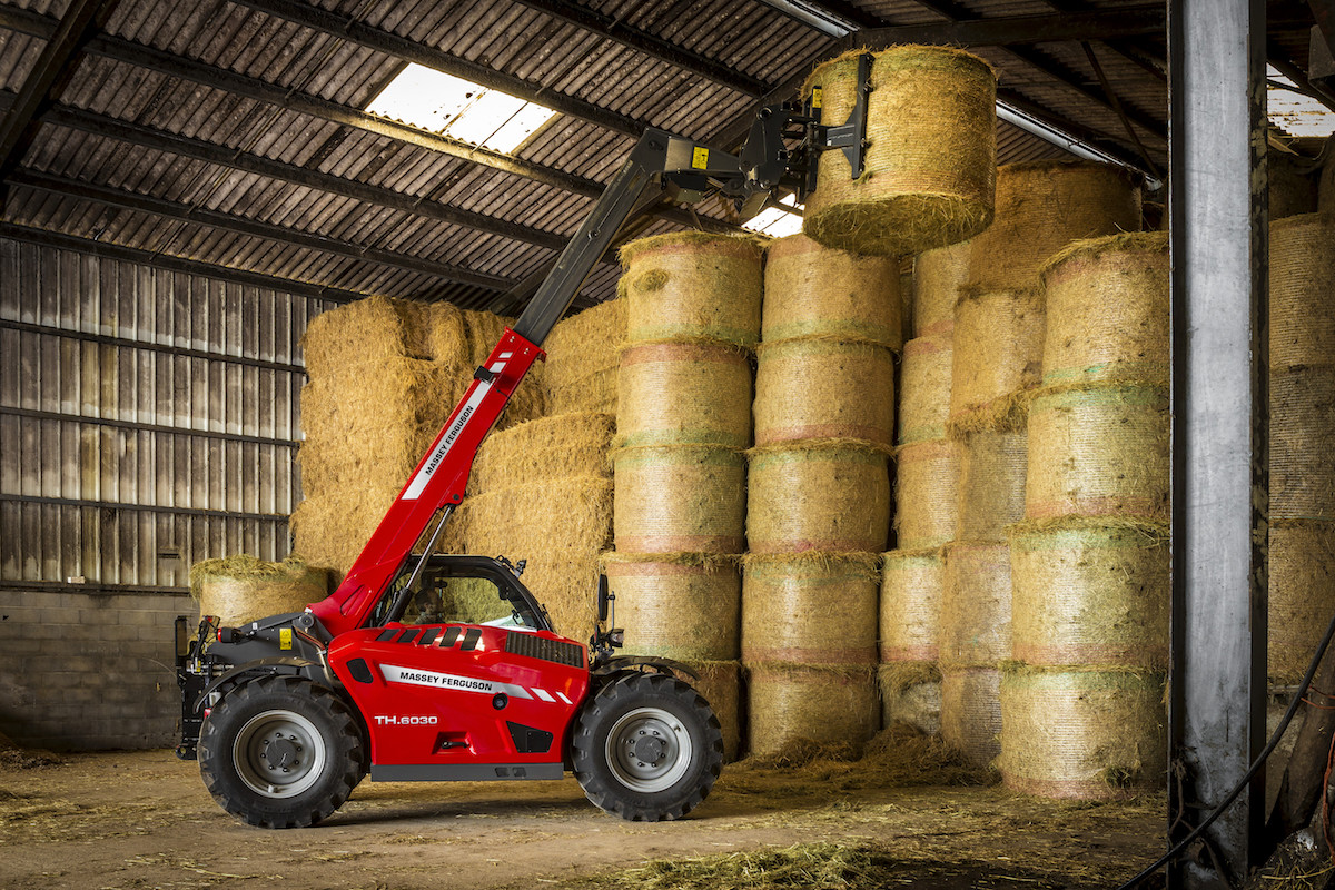 MF_TH.6030-TELEHANDLER_HAYBALES