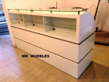 Mueble Recepción exhibidor Los Andes