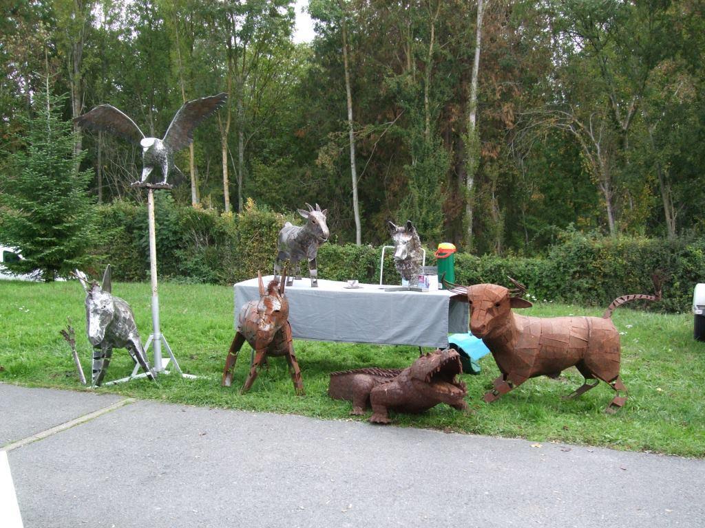 Fait main sculptures en acier