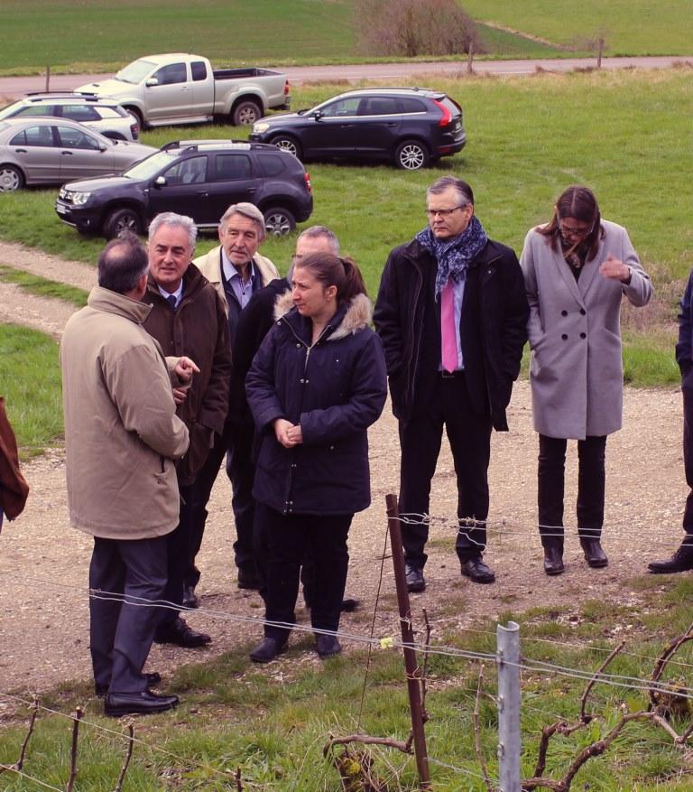 A droite Anne Maricot, Maire de Jaulgonne et conseillère départementale