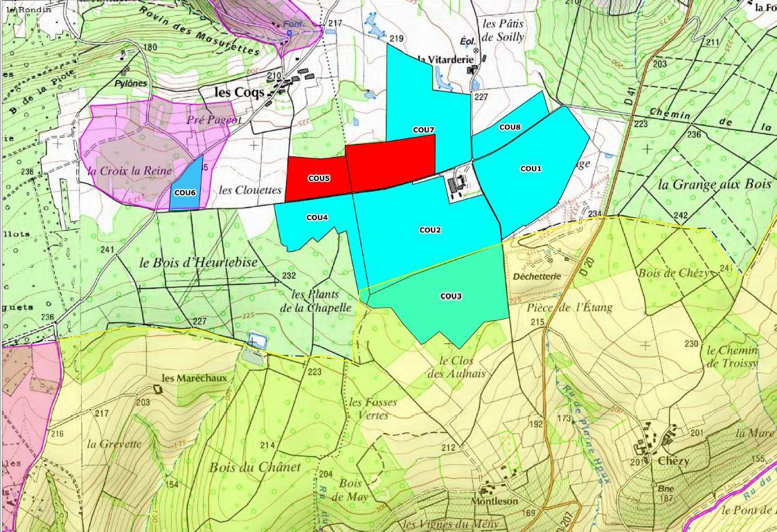 Le plan d'épandage des fientes sur les communes de Dormans, Courthiézy (51) et Vallées-en-Champagne, village de La Chapelle-Monthodon dans l'Aisne (parcelle siglée COU3). En rouge, la limite du parcours de plein air.