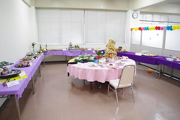 調理師養成科 調理作品展示室の準備も整いました。