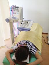背中の痛み治療