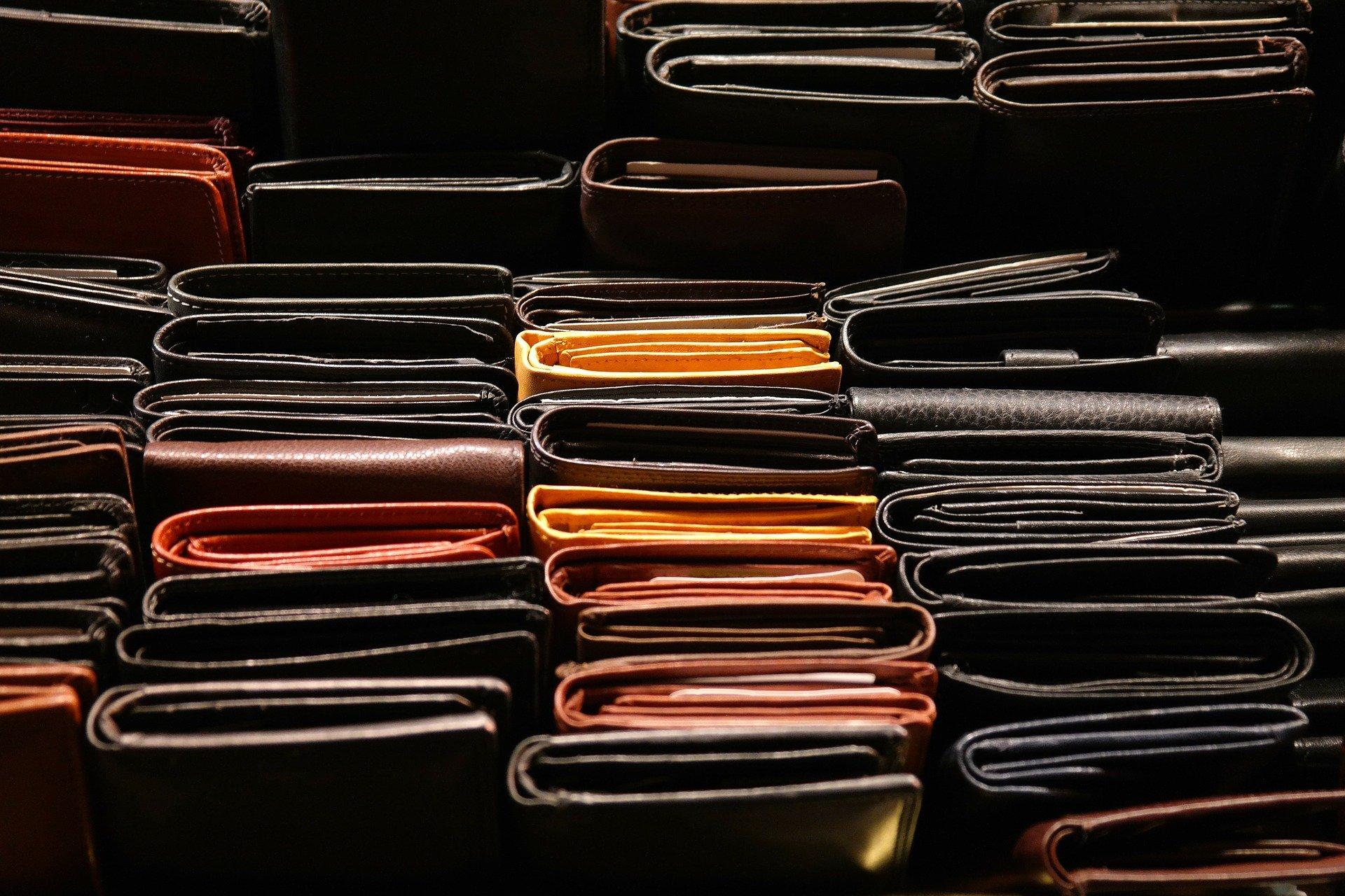 Geld-Börsen - Brieftaschen
