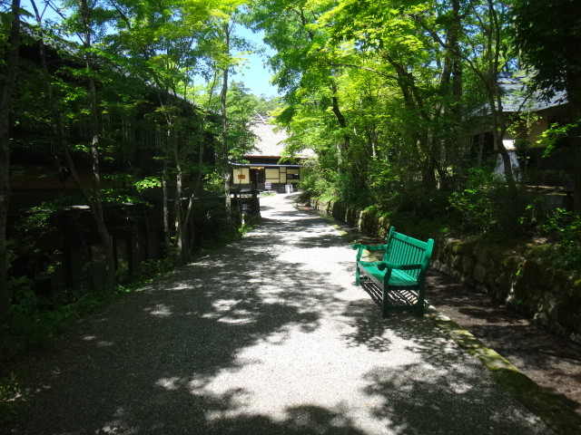 黒川温泉は、熊本県の源泉かけ流し温泉です。