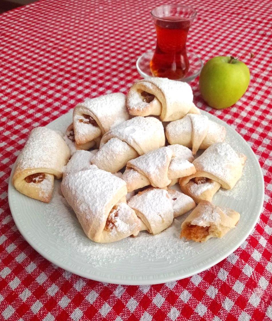Türkische Apfeltaschen aka  Apfelkekse: buttrig, zuckersüß und vegan