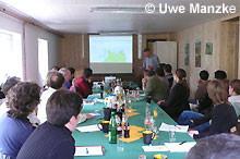 Holger Buschmann berichtet über den Stand der Umsetzung der FFH-Richtlinie.