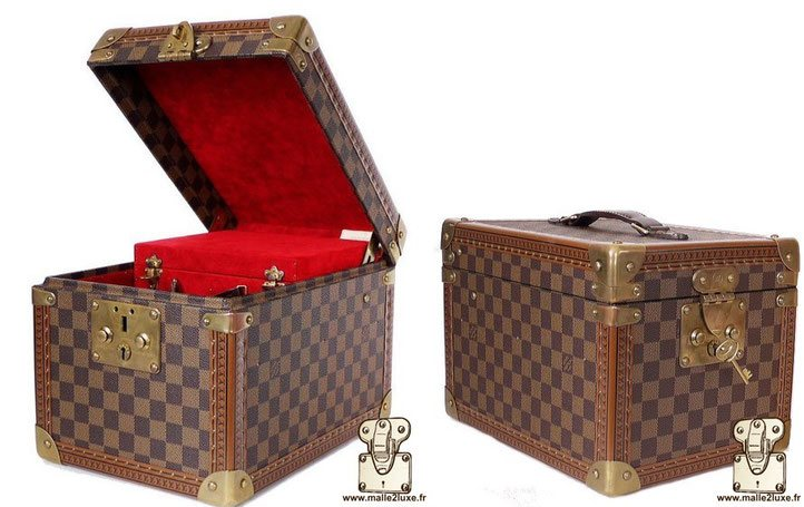 Louis Vuitton Bottle Box - Damier vanity