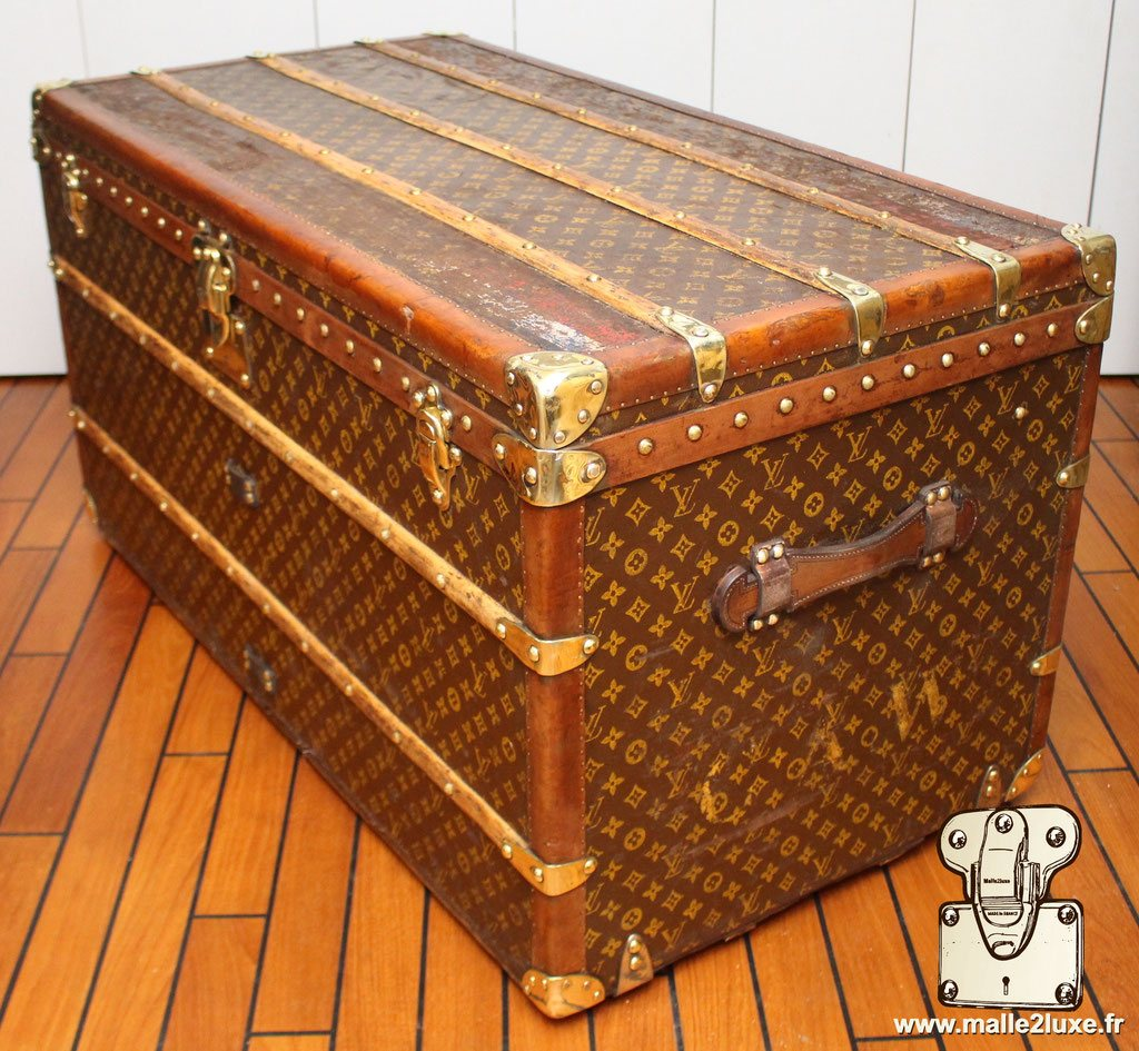 Louis Vuitton exceptional trunk malle de luxe