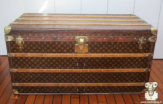 Louis Vuitton Mail Trunk - LV     Year: 1908