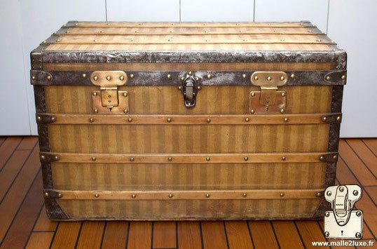 Louis Vuitton Courier Trunk - Striped     Year: 1886