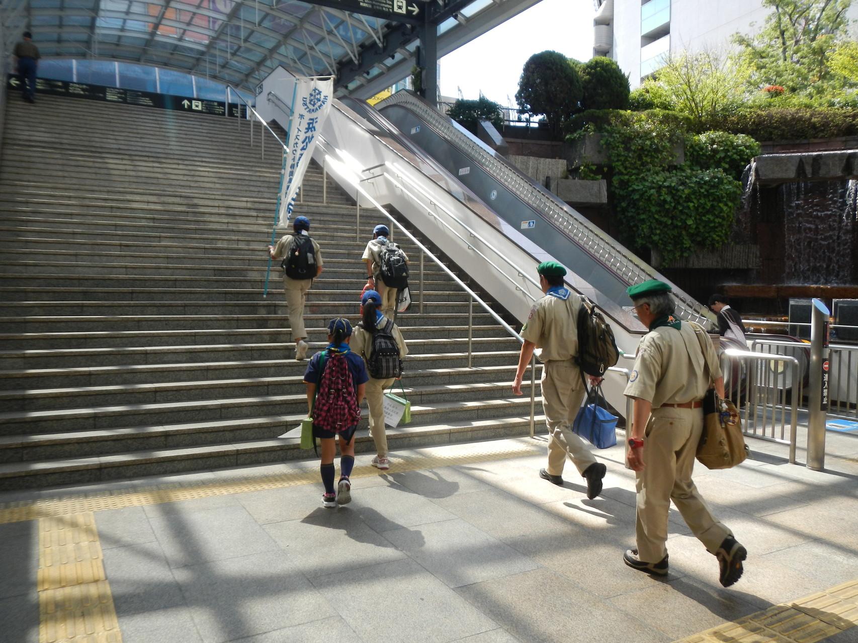 浜松駅前へ