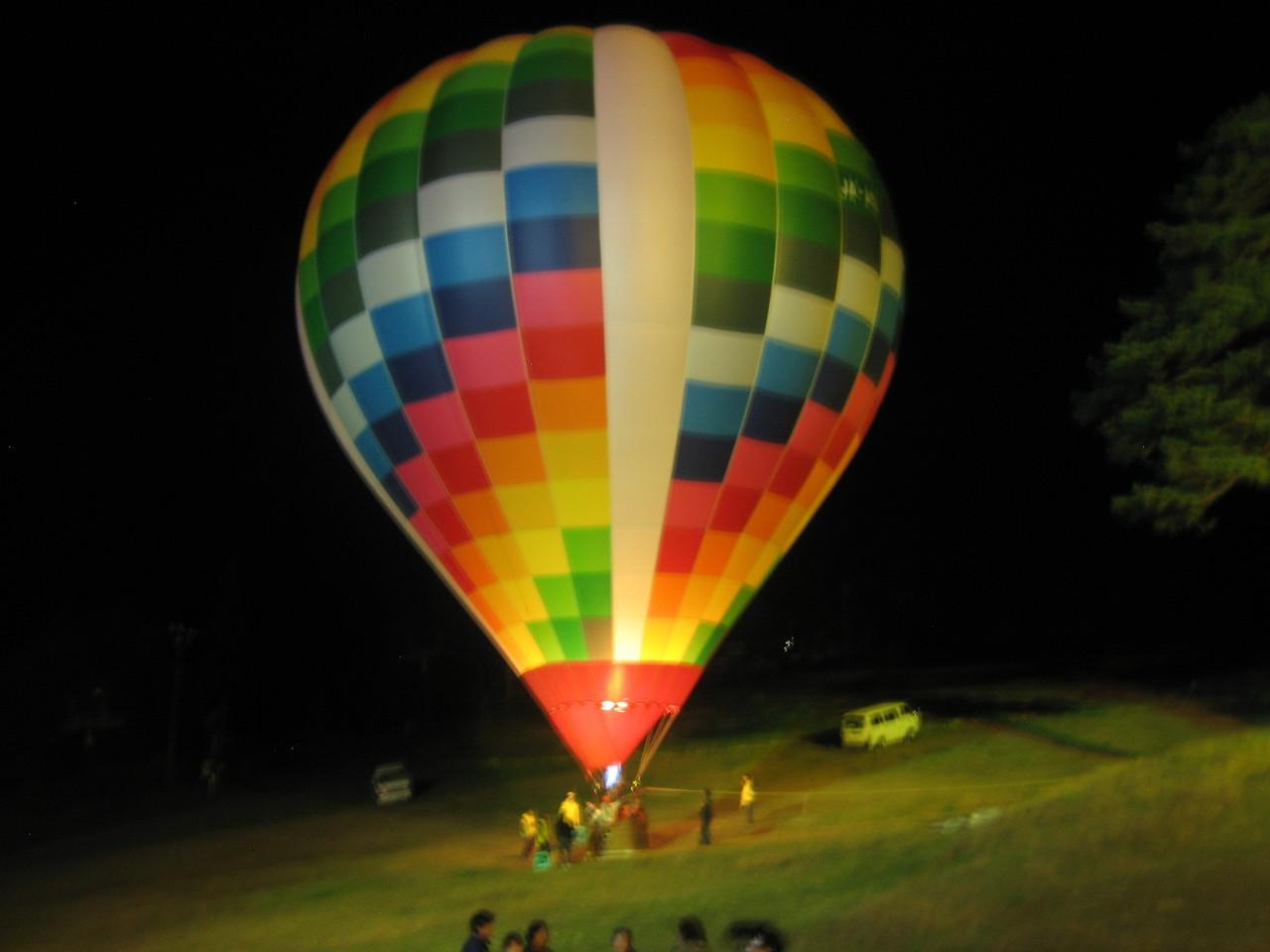 ビンゴの景品で気球乗船がありました。