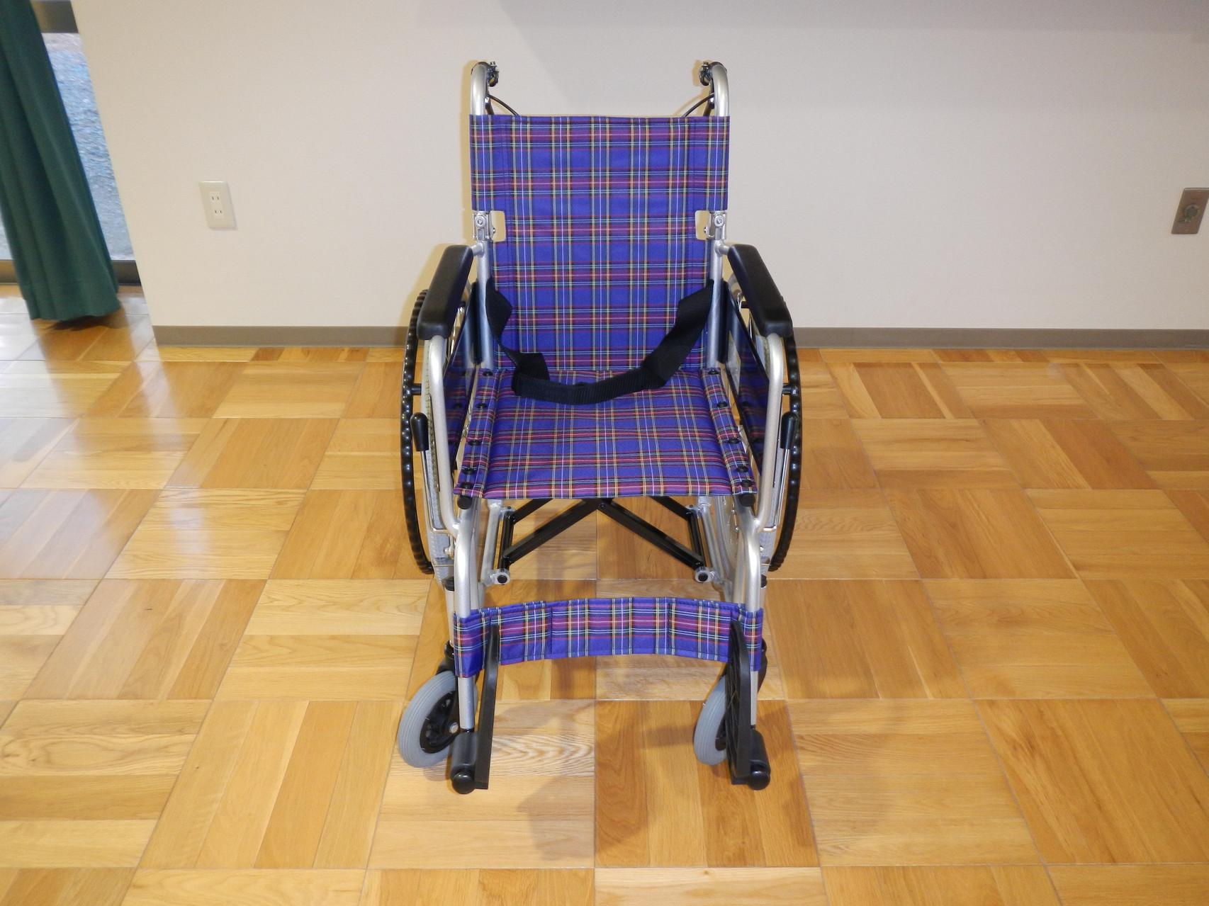 贈呈した車椅子