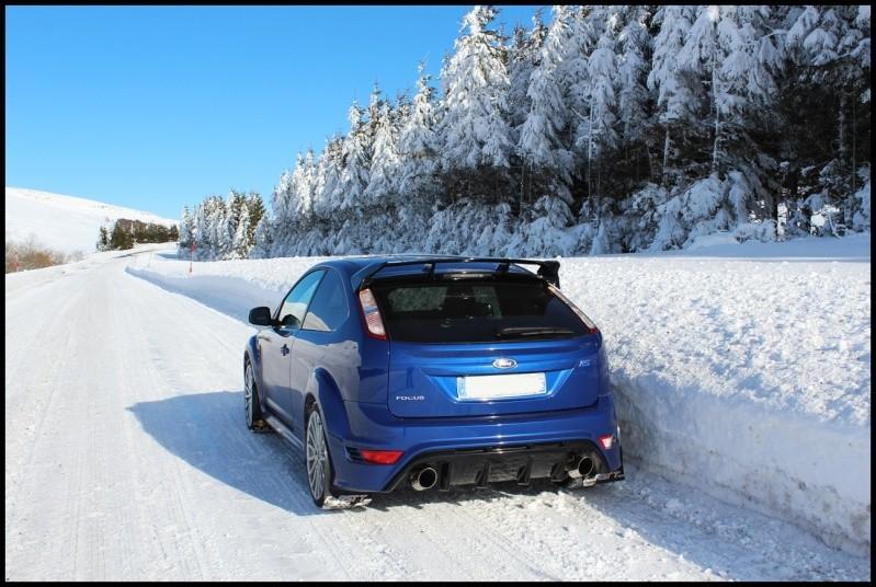 Une bleu dans la neige ça en jette