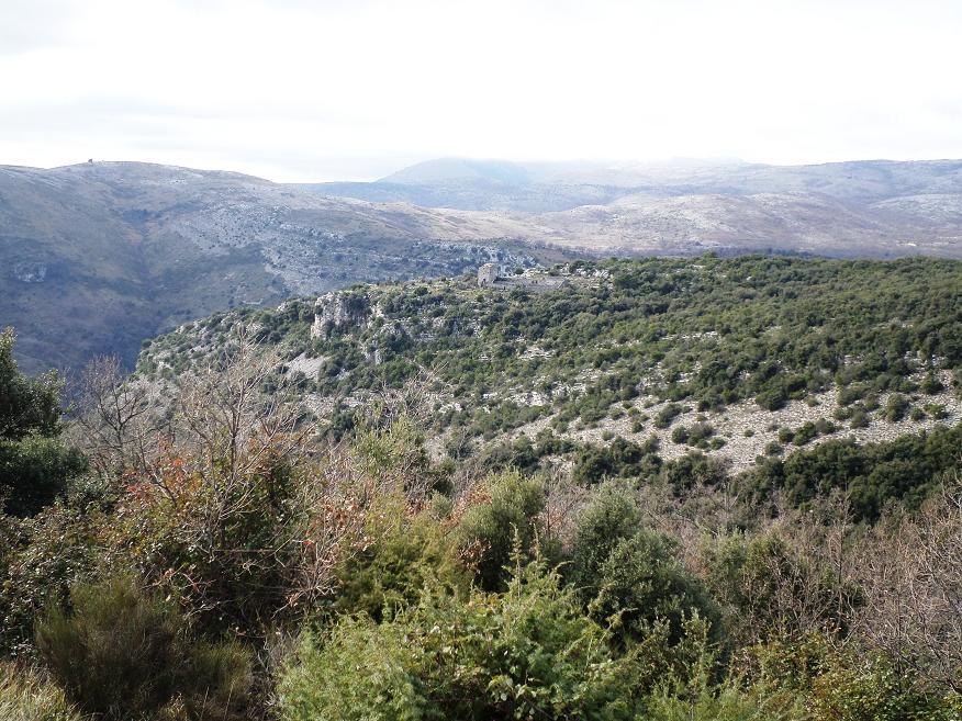 La boucle permet de voir d'en haut le Castellet