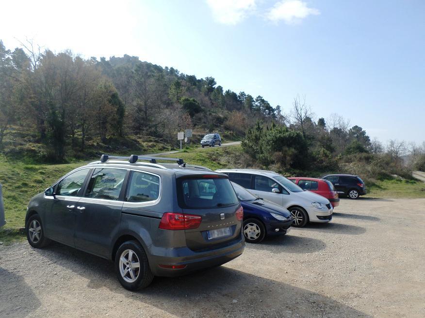 Parking du col de Châteauneuf d'où part la randonnée