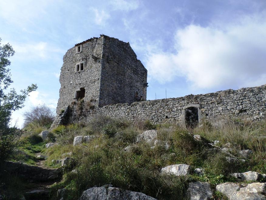 Les ruines du Castellet