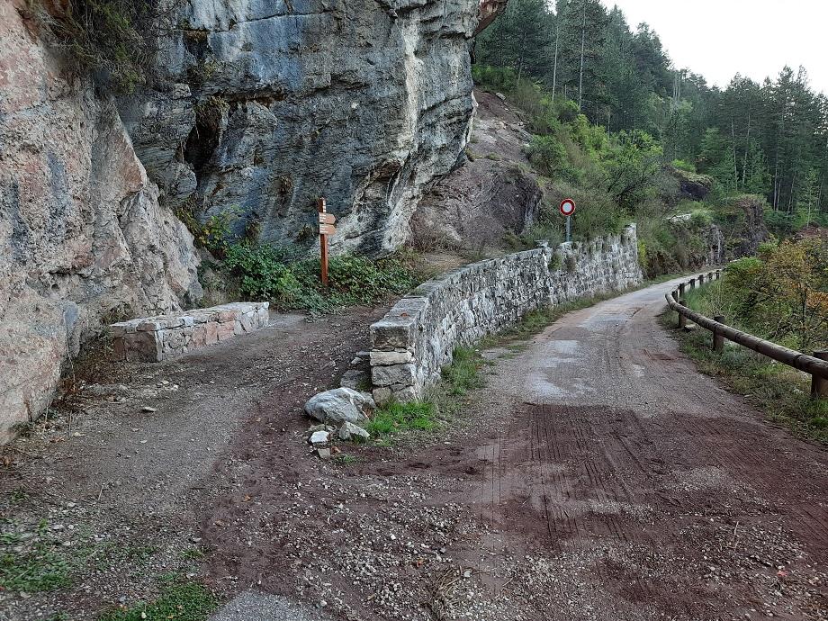 La balise 111 qui marque le début de la randonnée