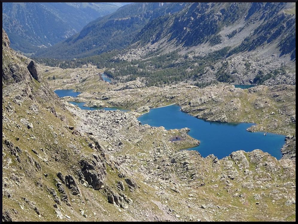 Les lacs des Merveilles vus depuis la cime du Diable