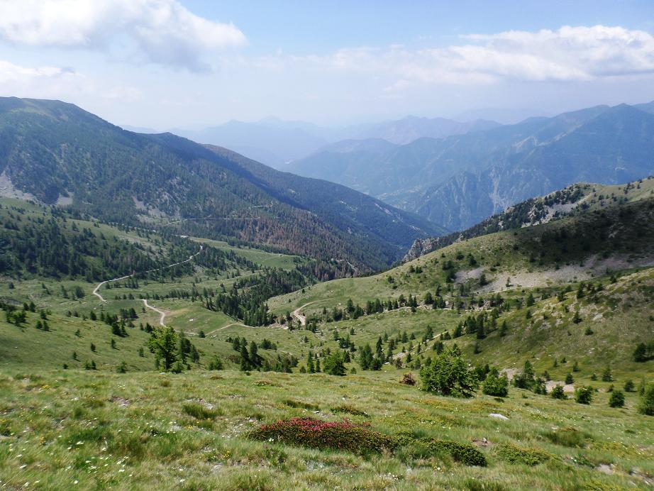 Le vallon de Peillasque que l'on découvre au sommet de la baisse de Férisson