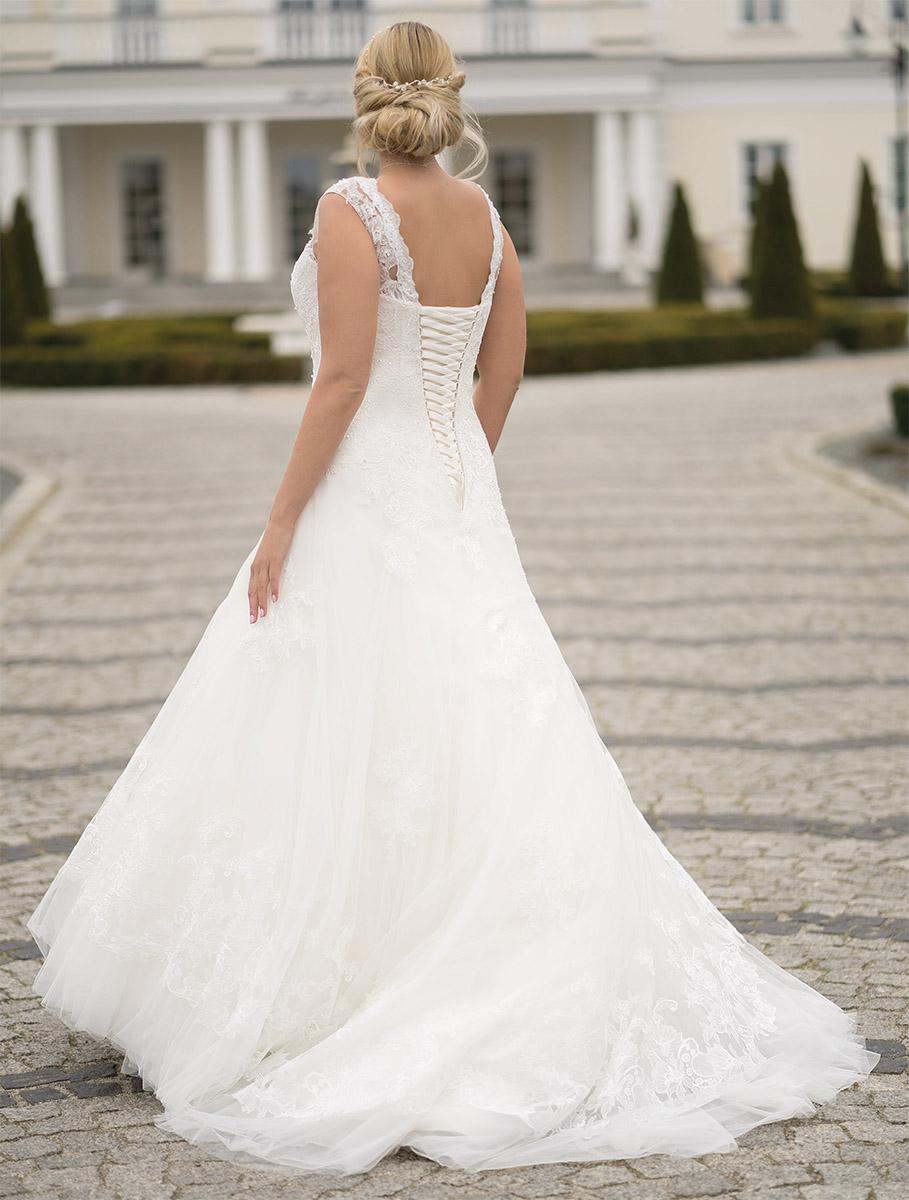 Lohrengel Brautkleid: Morianna S.