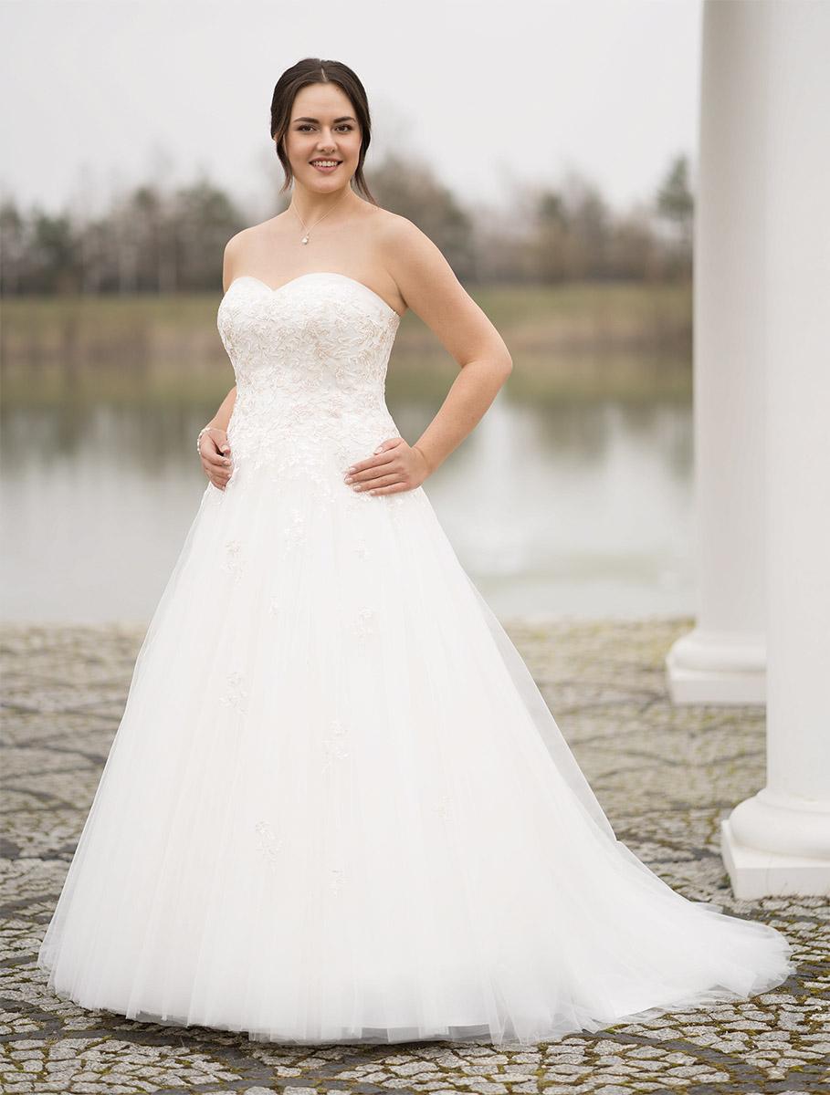Lohrengel Brautkleid: Malva S.