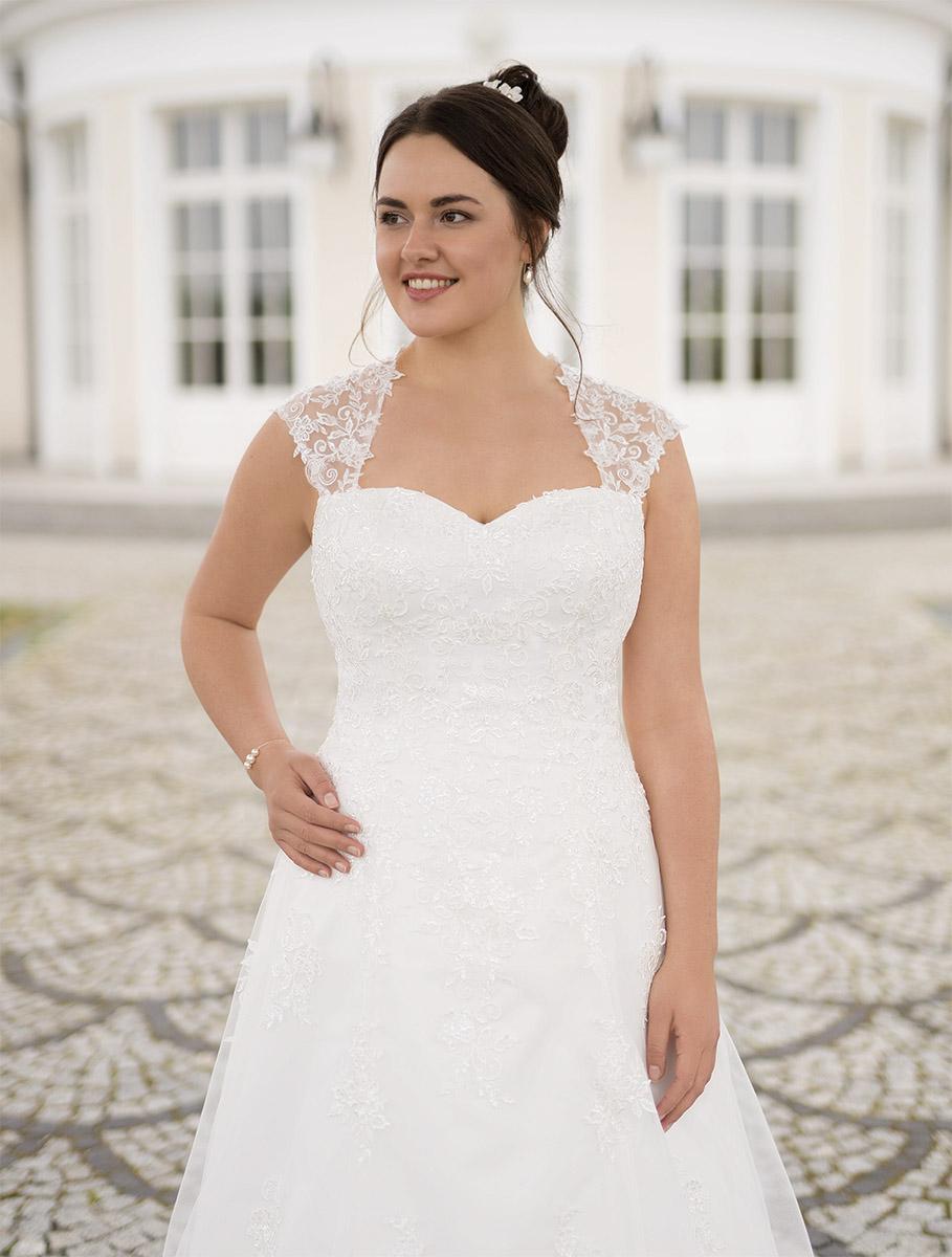Lohrengel Brautkleid: Marietta S.