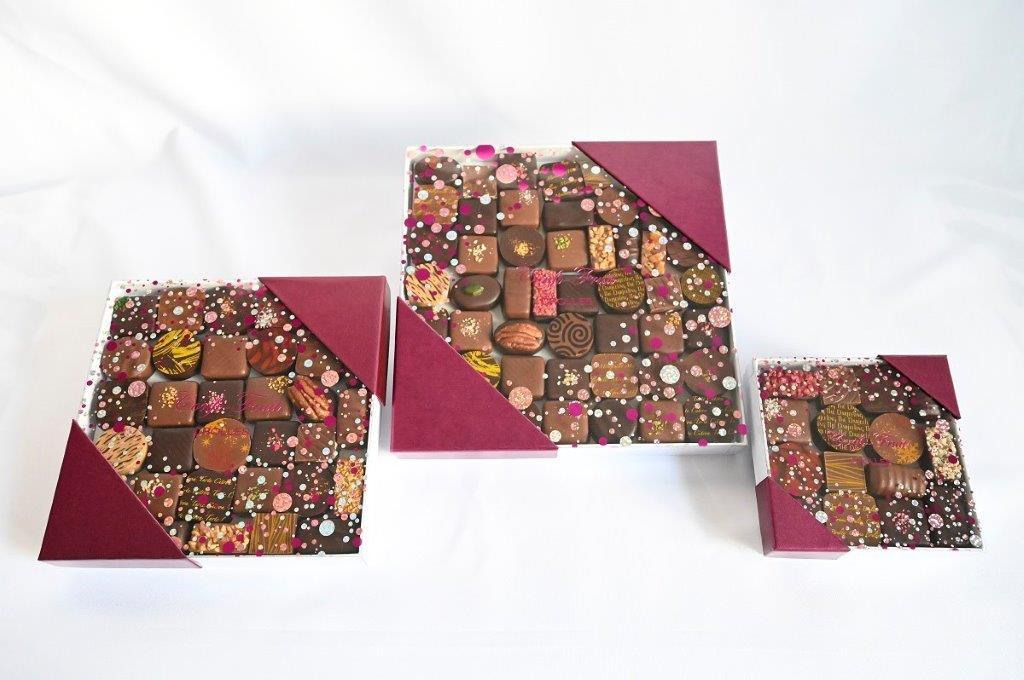 Boite de chocolat (155 g - 350 g - 540 g - 14,90 € - 29,60 € - 43,50 €)