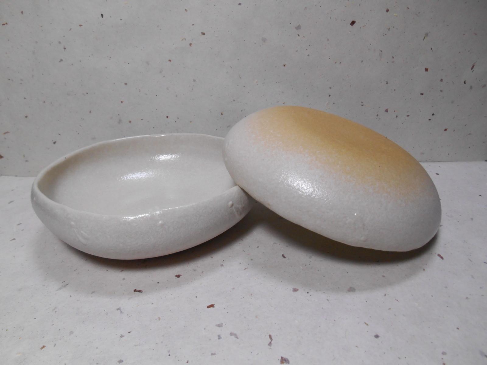 ビックリ・シリーズの丸鉢。