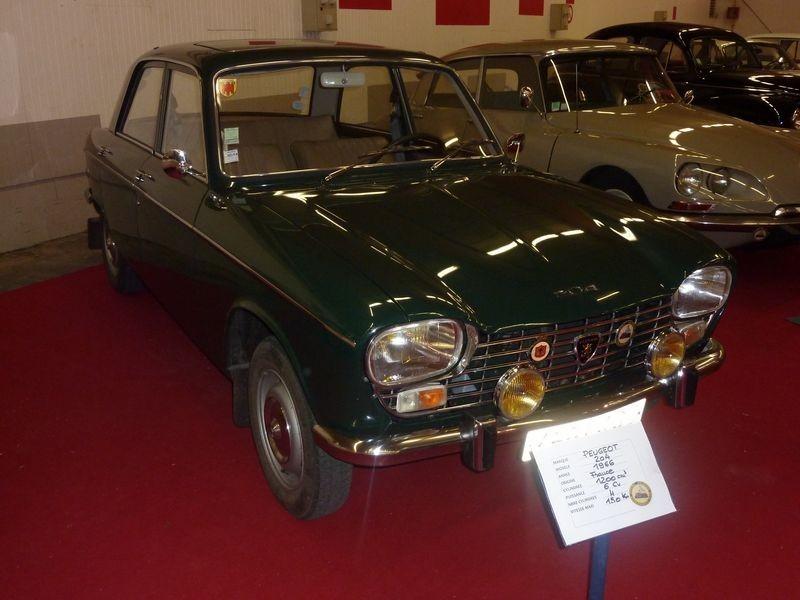 PEUGEOT 204     1966