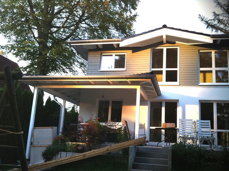 Terrassenüberdachung und zusätzlicher Wohnraum dank Aufstockung