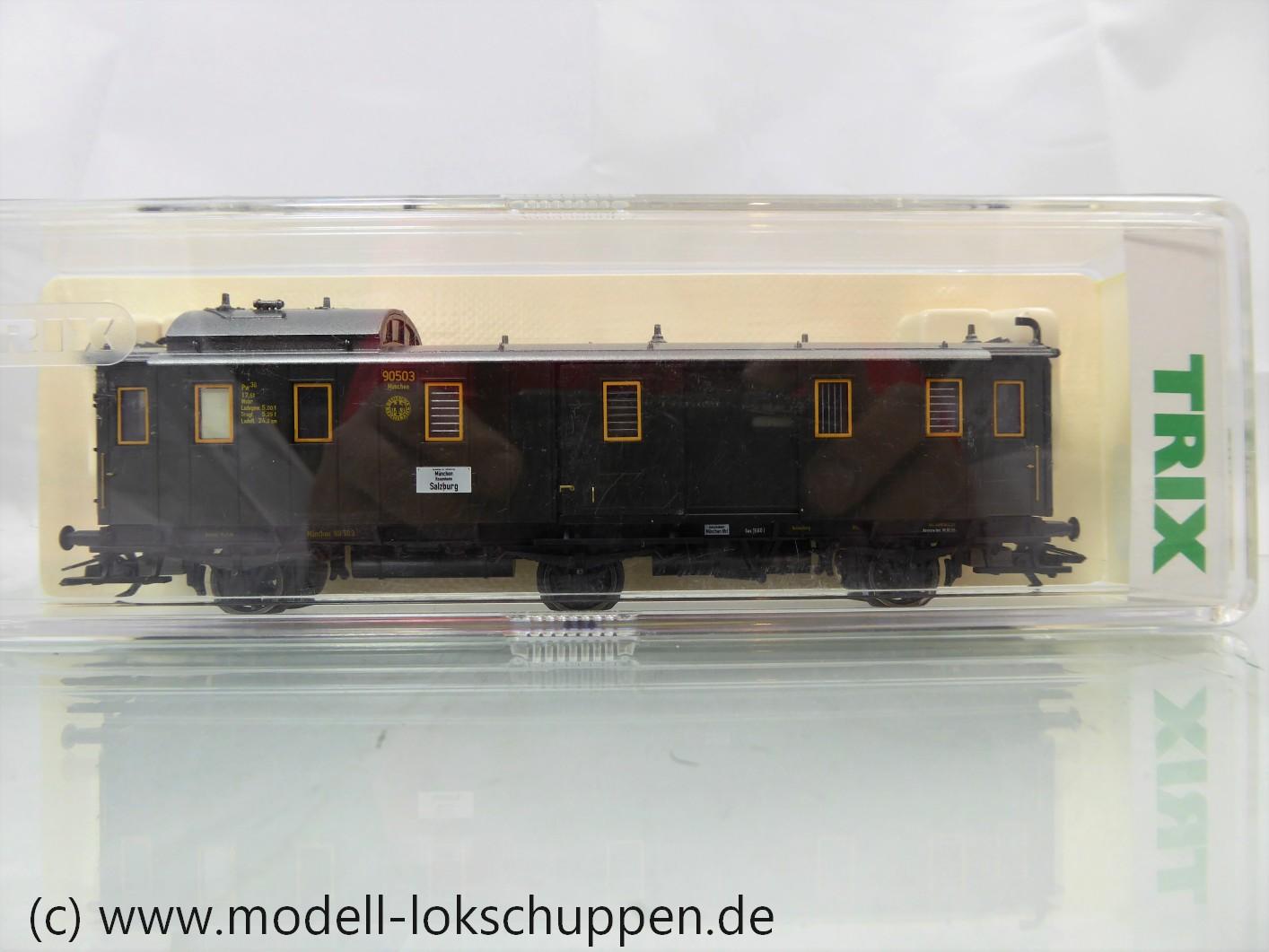 Trix 23326 DRG II  Schnellzug Gepäckwagen Pw3ü bay (3-achsig)