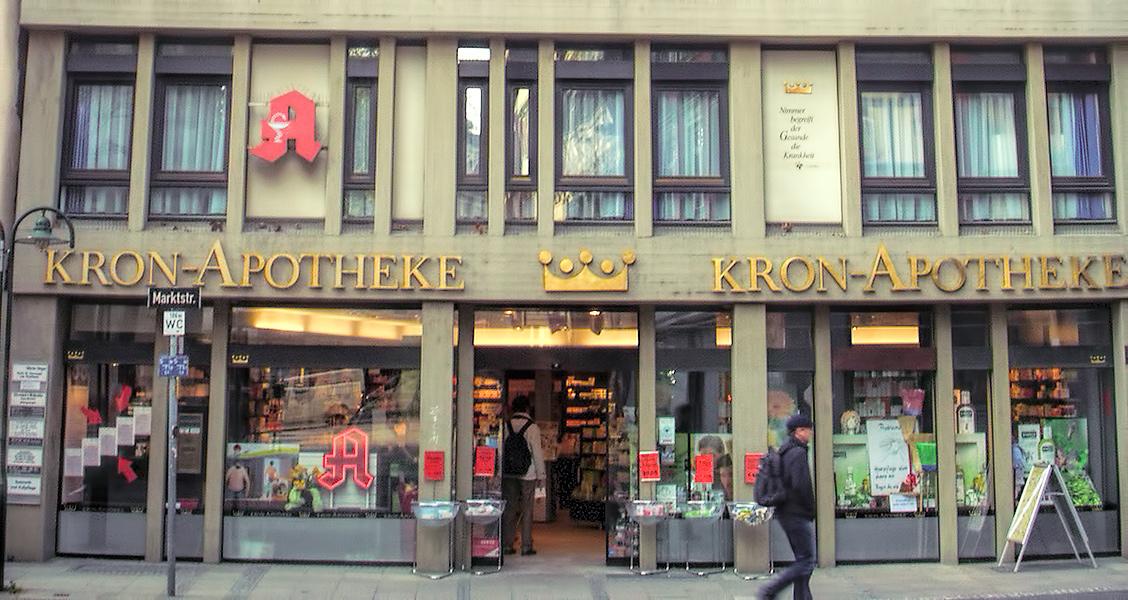 Kron Apotheke · Haupteingang