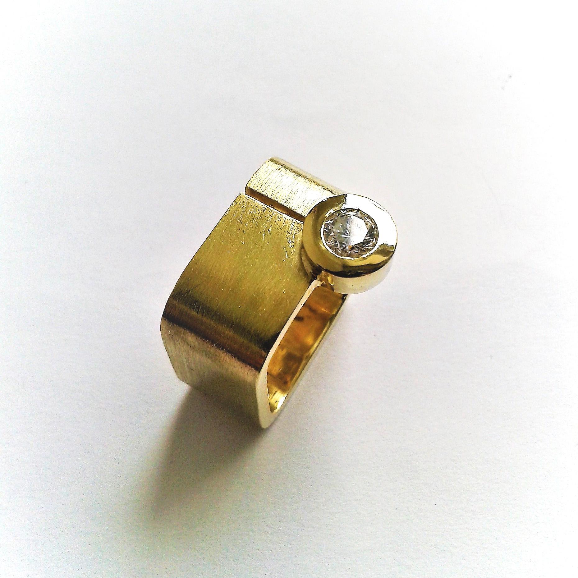 Solitärring Carée Gold 750