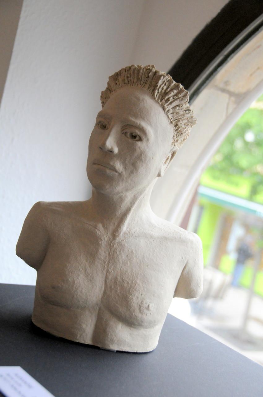 Alexandre, sculpture terre cuite