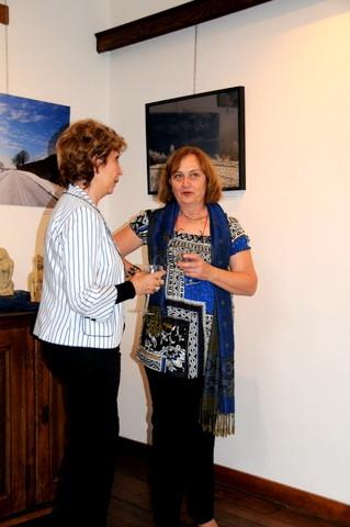 Vernissage Malmedy, Dominique et une invitée