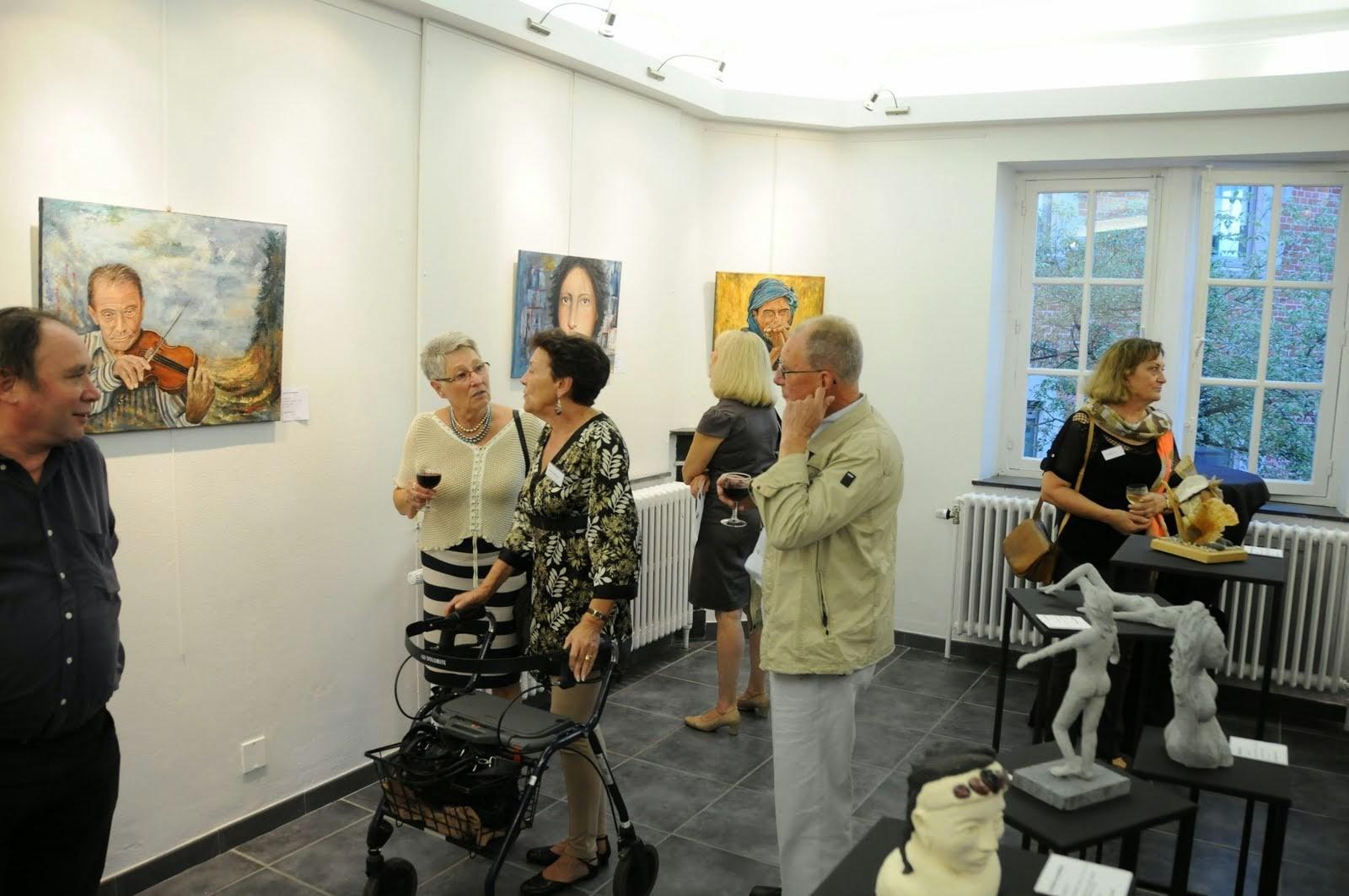 les peintures de Danielle Bellefroid ,sculptures de D.Petit