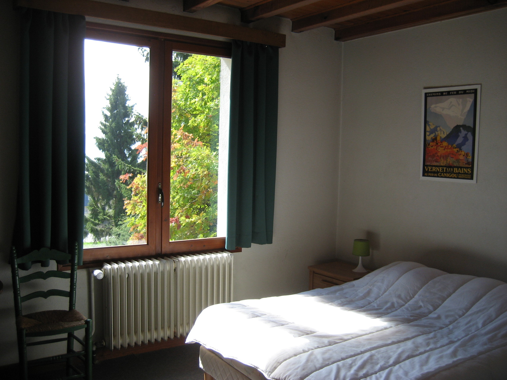 Chambre verte lit double [Chalet Aspones - Font-Romeu]