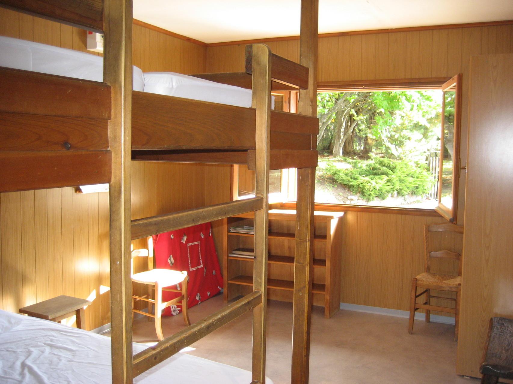 Chambre enfants 2 lits superposés gigognes soit 6 couchages [Chalet Aspones - Font-Romeu]
