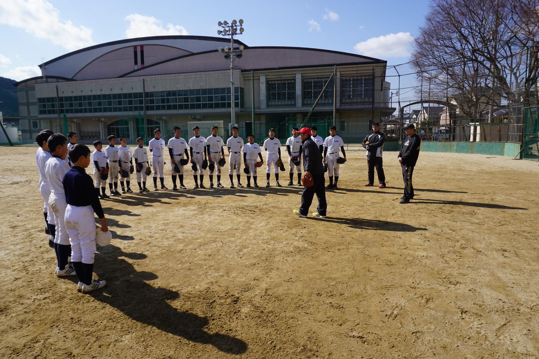松山フェニックスOBによる野球教室